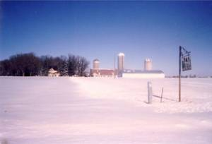 farm from driveway